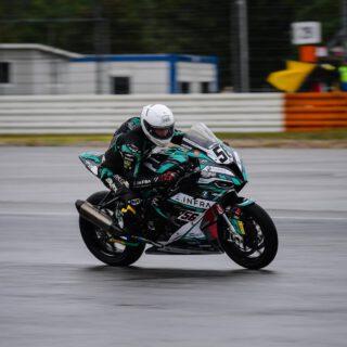 @idm.de Superbike Qualifying 1: Platz 3! 🌧🌧🌧  📸 @highsidepr  🏍 @tonifinsterbusch9